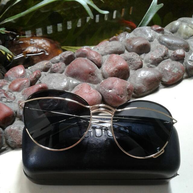 Kacamata Hitam Ken Black Gold