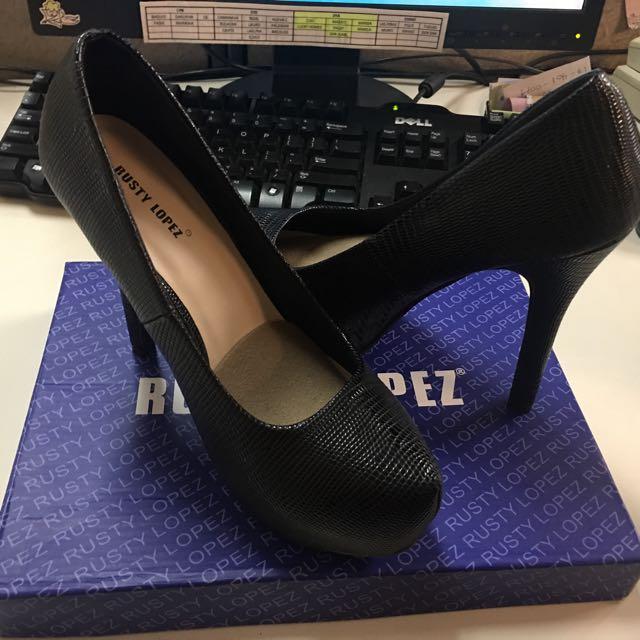 Rusty Lopez Black Heels Shoes