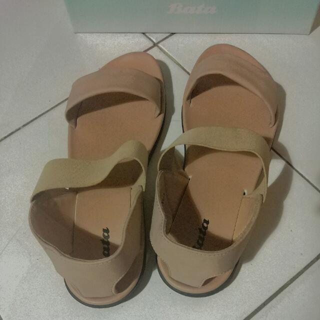 Sandal Bata Brown Size 40