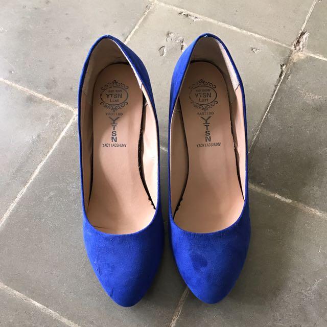 Sepatu Elektrik Blue