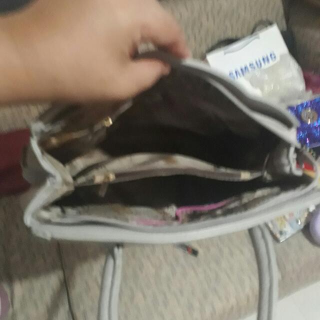 White Bag For Only 320