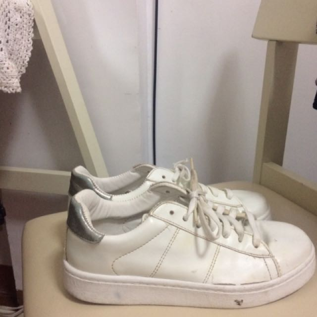 White Sneakers (Topshop)