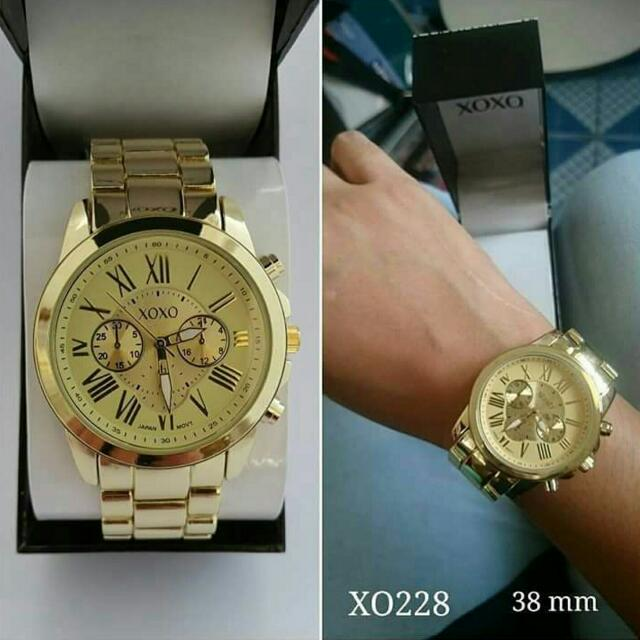 XOXO Oversized Watch - Gold