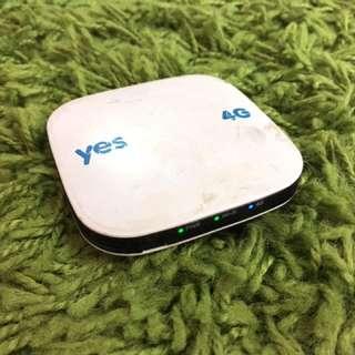 Yes 4G XS Huddle Original