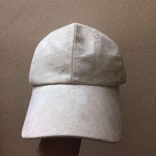 Nude Velvet Cap