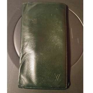Authentic Louis Vuitton Men's Long Wallet Green Taiga Leather