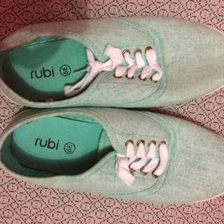 Ruby Shoes Mintz