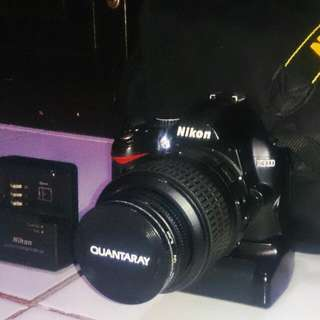 Nikon D3000 With Packages