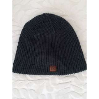Long Losr Navy Green Beanie