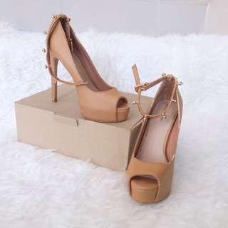 BERSKHA heels