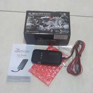 NEW, Vehicle GPS tracker