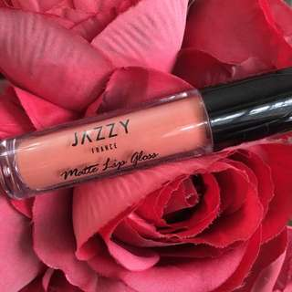 JAZZY Matte Lip Gloss in Perfect