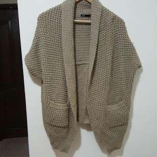 womens sleeveless knit cardigan shawl