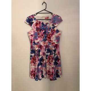 FLORAL CAPPED SLEEVE DRESS