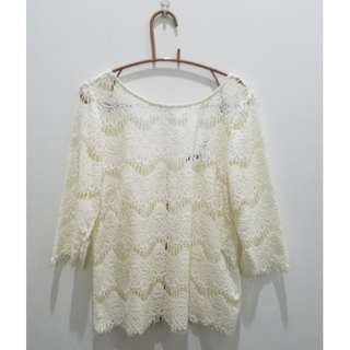 ZARA TRF Off White/Cream Lace Top/Blouse - Size L