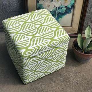 Square Ottoman With Storage / Chair
