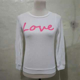 white knit pull over