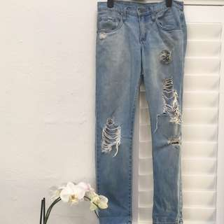 Size 24 NOBODY Distressed Boyfriend Jeans