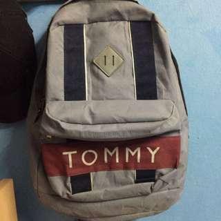 Tommy Hilfiger Grey Bag