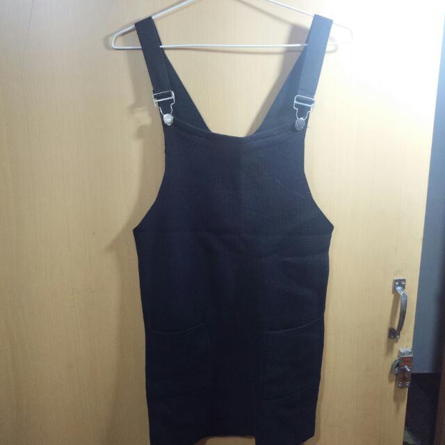 黑色針織吊帶裙