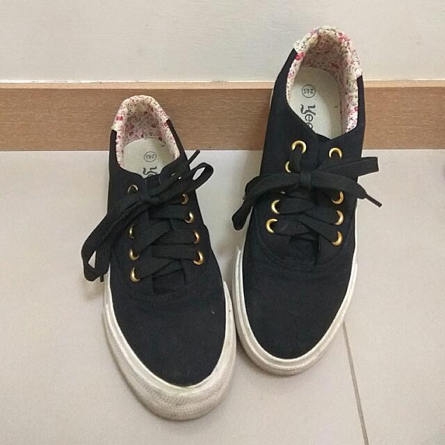 (便宜出清)~帆布鞋
