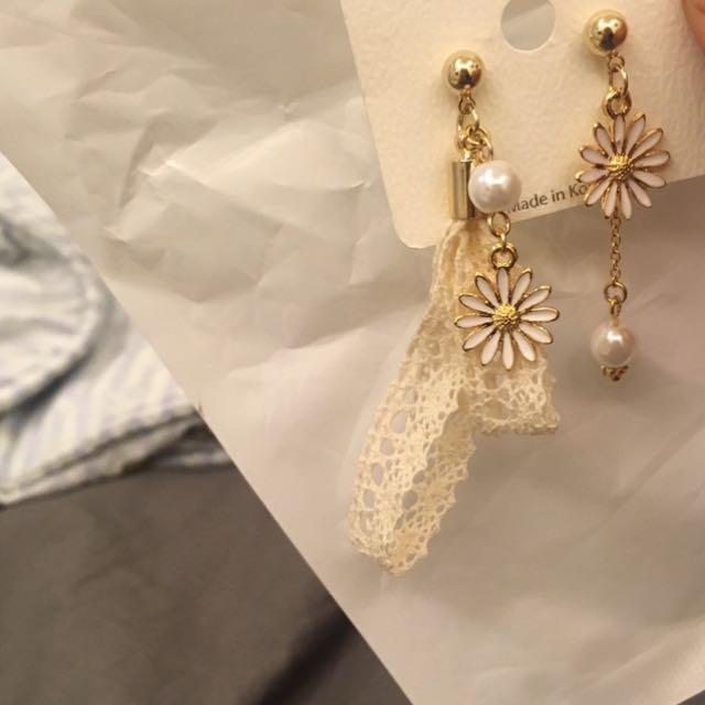 超美雛菊蕾絲耳環