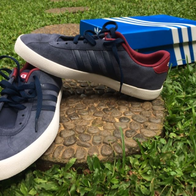 Adidas Neo Vl Court Skate Suede Navy Maroon Preloved Fesyen Pria Sepatu Di Carousell