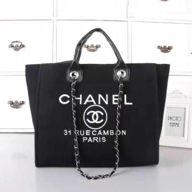 52b653c391a9 Authentic CHANEL tote Bag RRP  3000 Sale For  580 Only