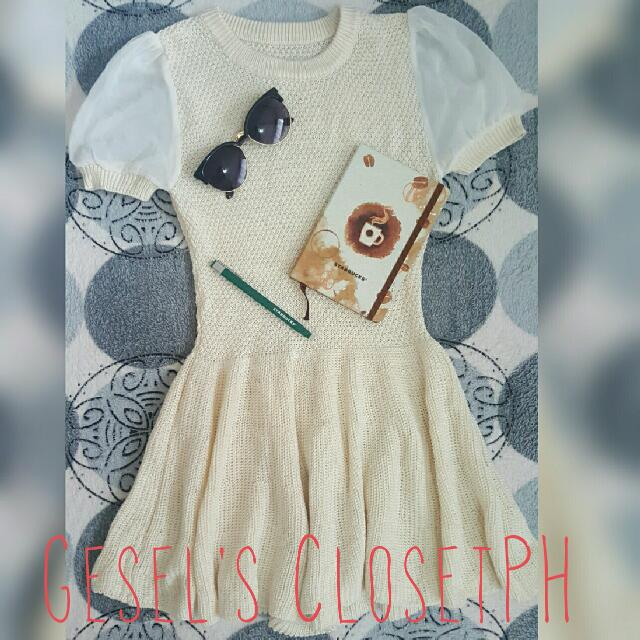 Cream-colored Knitted Dress