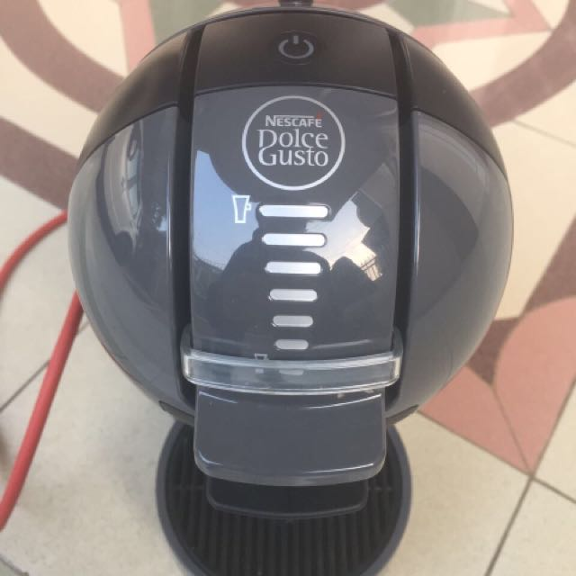 Dolce Gusto Mini Me Coffee Maker