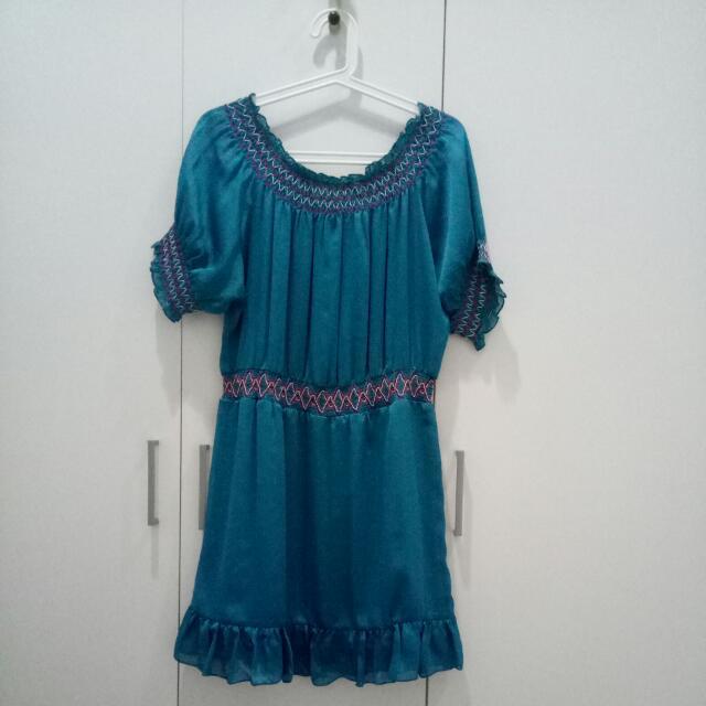 Dress Satin Biru Embroidery