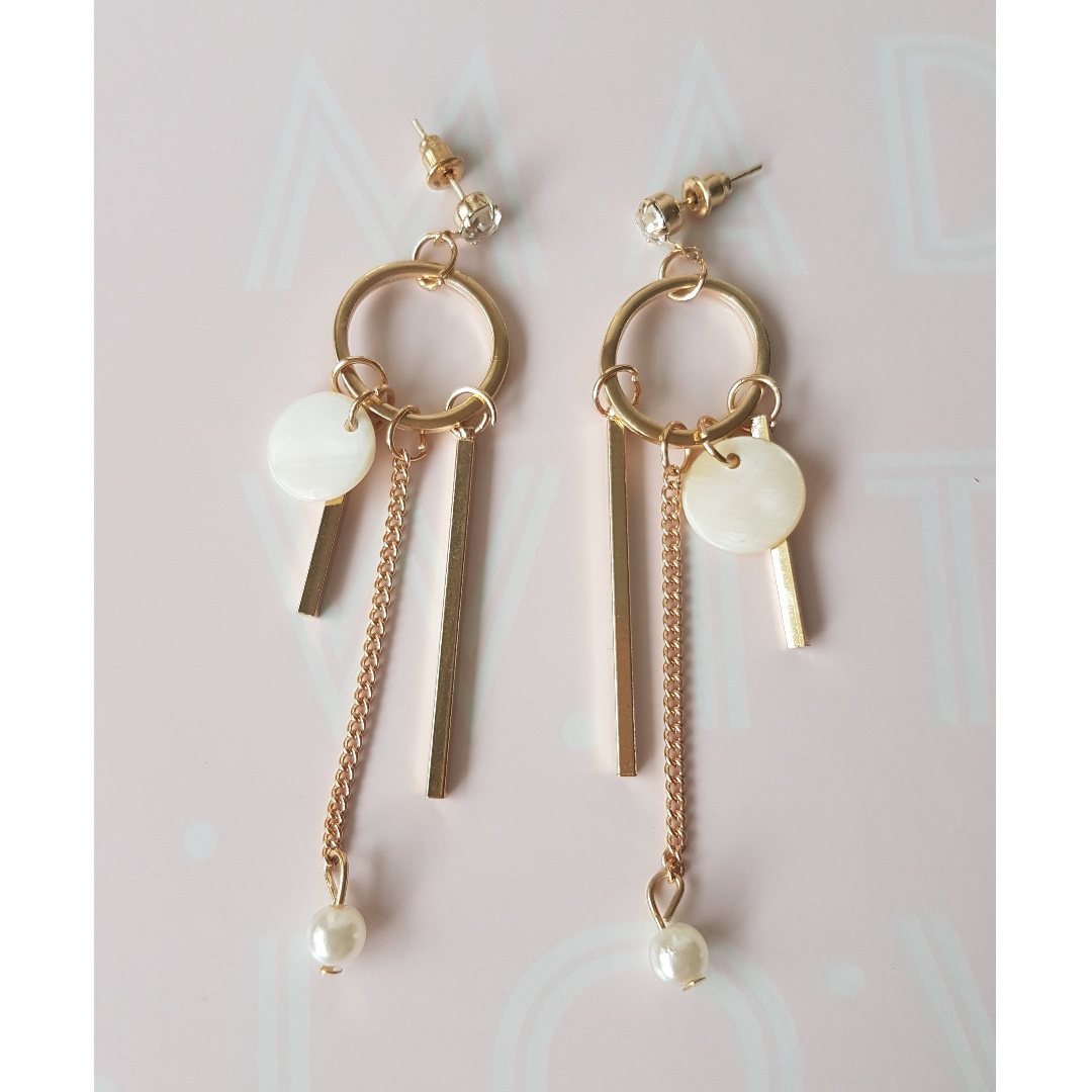 Fashion Jewelry - Earrings Brand New