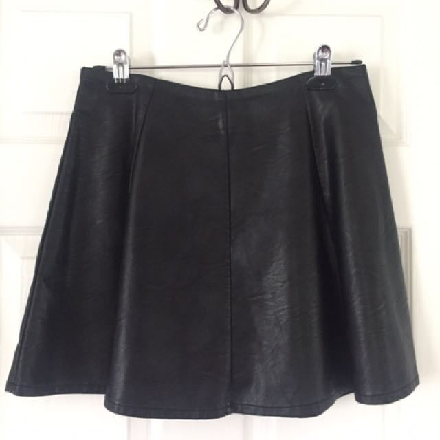 Faux Leather Skiry