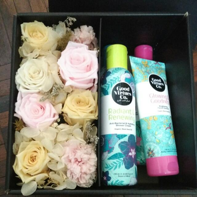 Free Postage Brand New Good Virtue Co Gift Set