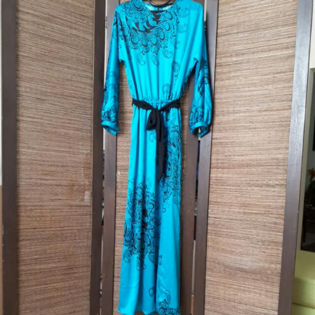 Gamis Satin Blue Electric With Motif