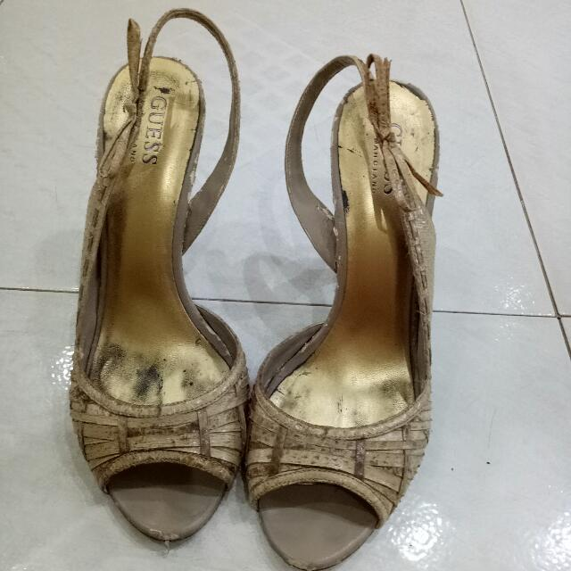 GUESS Heel Size 7 1/2M.