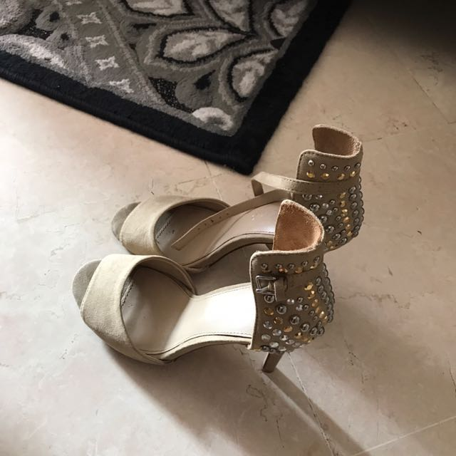 Heel Shoes