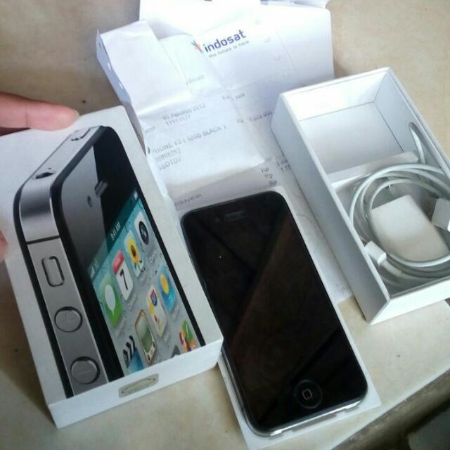 Iphone 4s 32gb fullset ori