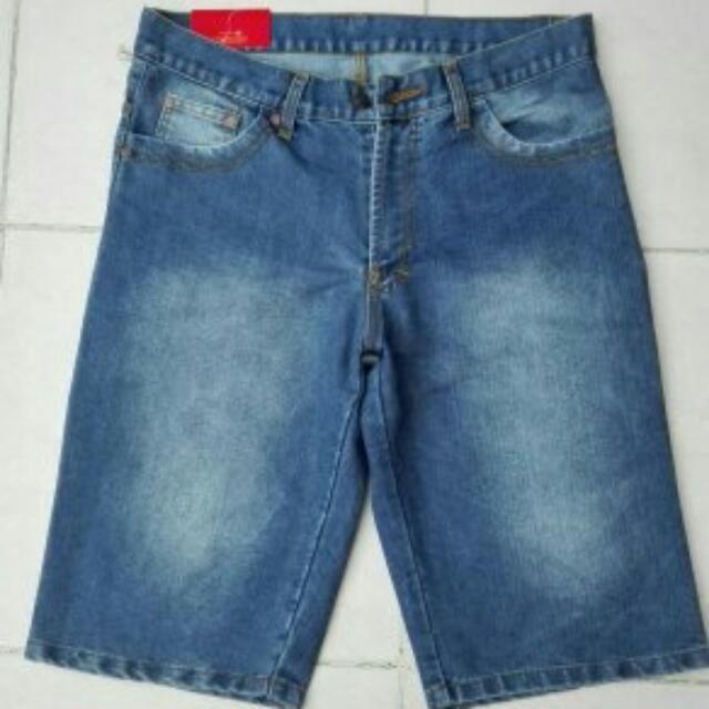 Jeans Pendek Sz.34