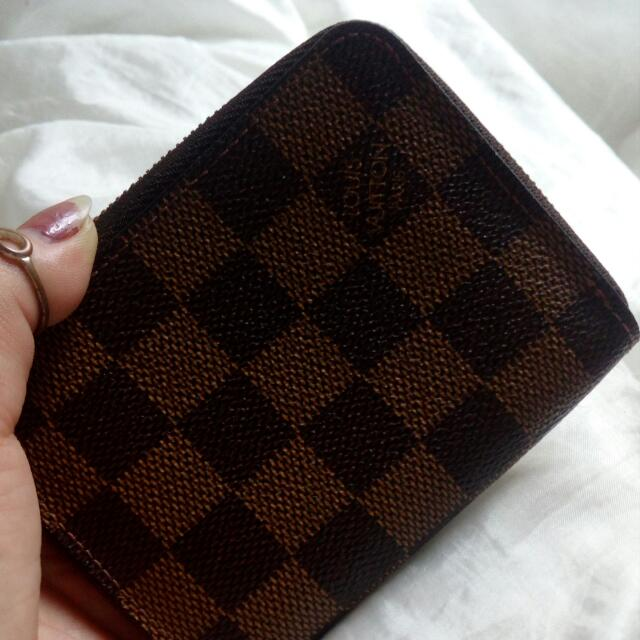 Louis Vuitton (Authentic)