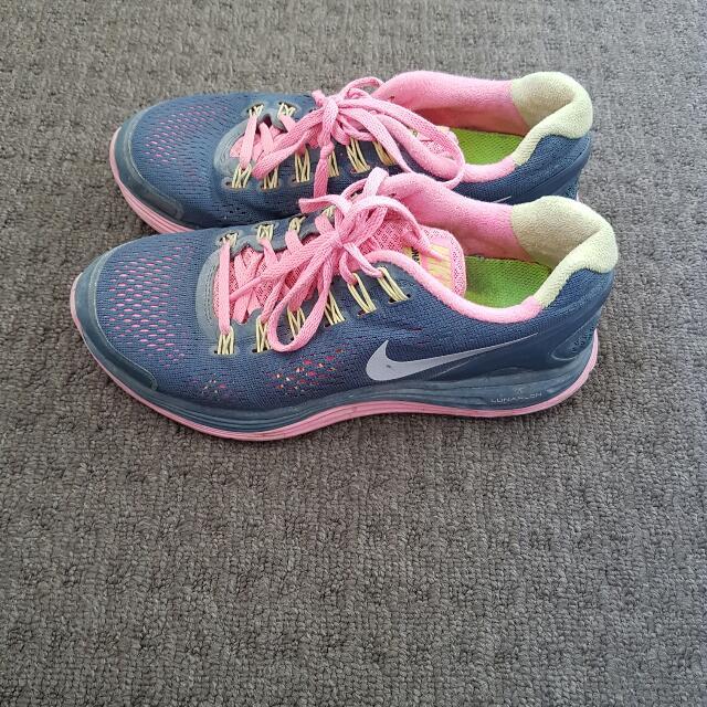 Nike Runner's- Size 6.5