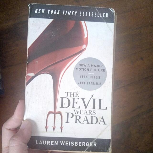 Novel: The Devil Wears Prada By Lauren Weisberger