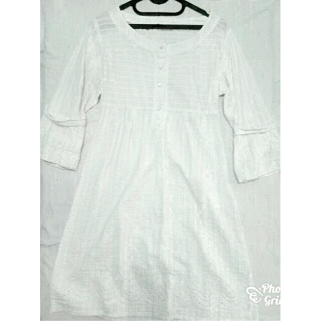 Preloved Dress Putih Bordir Lengan 3/4
