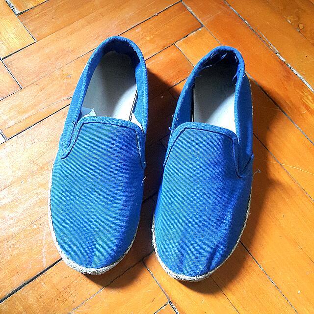 Sepatu Ala Wakaii