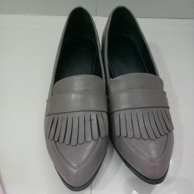 The Executive Oxford Shoes (size 39)