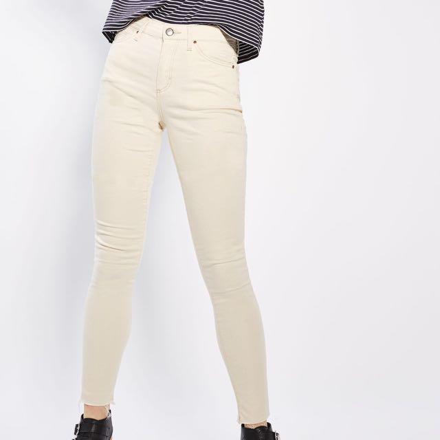 TOPSHOP Leigh Raw Hem Jeans (Ecru) W25L30