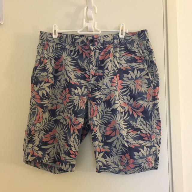 Uniqlo Tropical Floral Chino Shorts