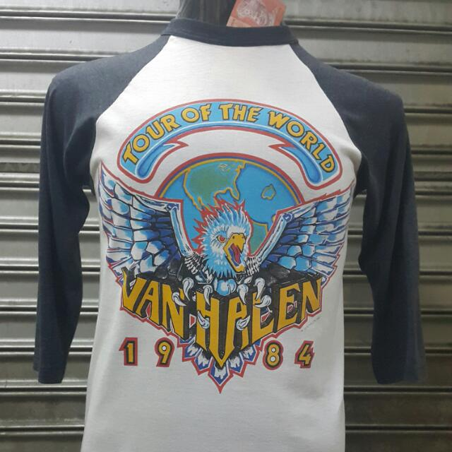 acac66462dc2 VINTAGE TSHIRT 3Q VAN HALEN (BURUNG), Men's Fashion, Clothes on Carousell