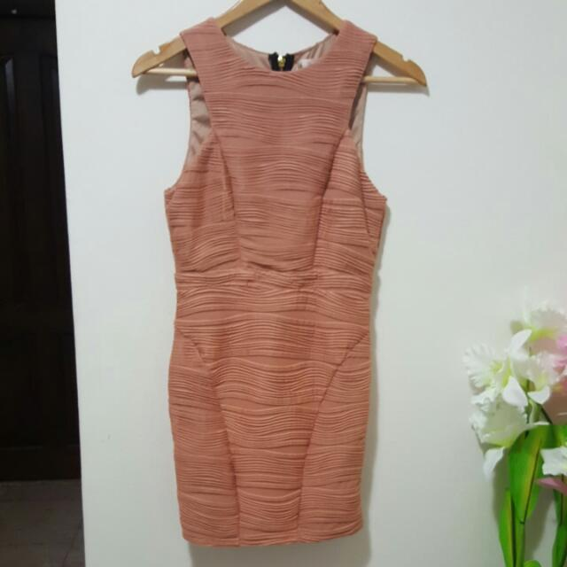 womens dusty pink bodycon dress
