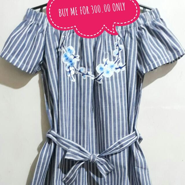 KOREAN STYLE OFFSHOULDER  DRESS WITH FLORAL PATCH